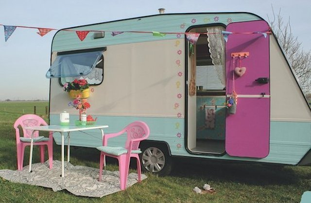 Caravanity - Daily Cappuccino - Lifestyle Blog