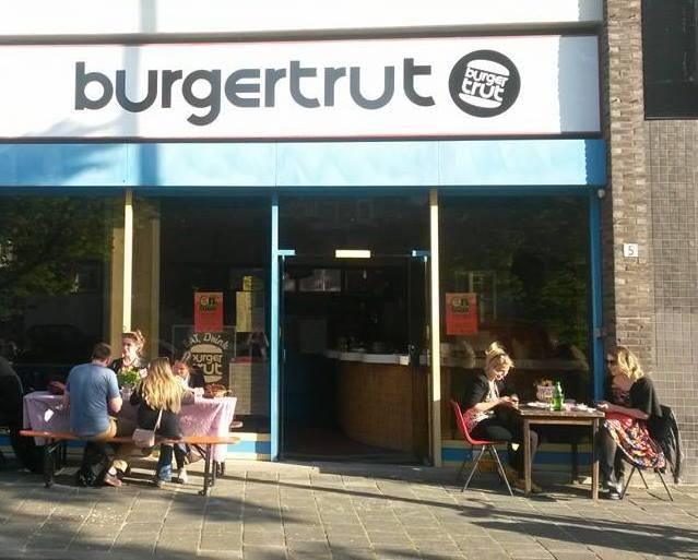 Rotterdam Travel Guide - Burgertrut - Daily Cappuccino