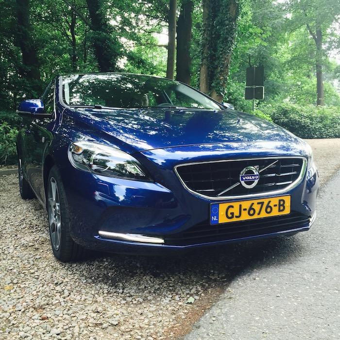 Volvo-v40-d2-voor