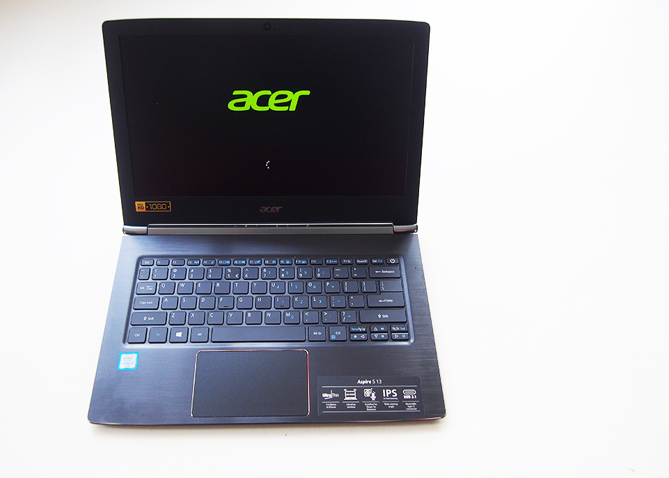 Acer Aspire S13 - Daily Cappuccino - Lifestyle Blog