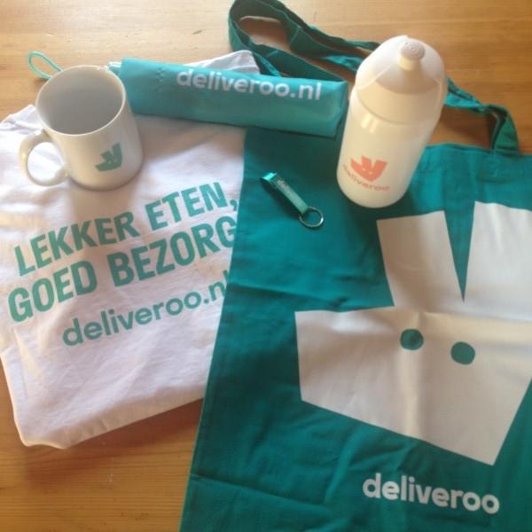 Fijne bezorgservice in een blauw jasje - Daily Cappuccino - Lifestyle Blog