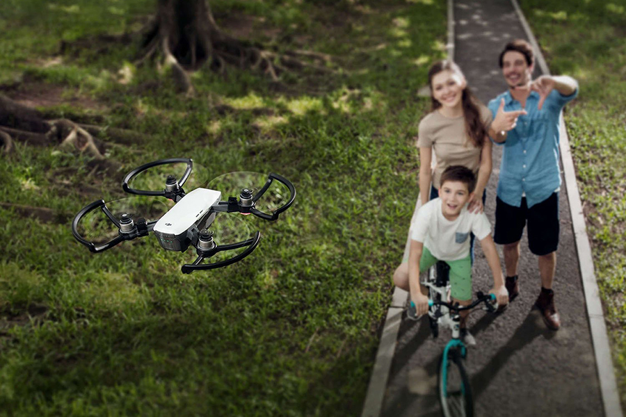 Spark mini drone - Daily Cappuccino - Lifestyle Blog