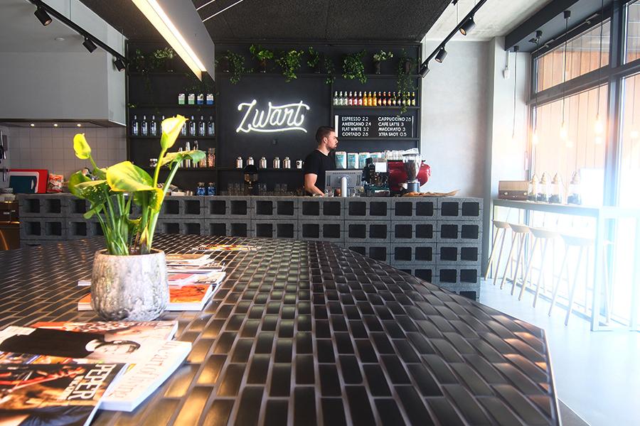 Op de koffie - Zwart Amsterdam - Daily Cappuccino - Lifestyle Blog