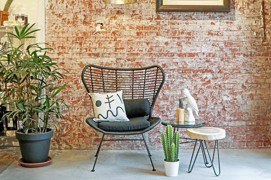 5 bewijzen dat je tuinmeubelen ook voor je interieur kunt gebruiken - Daily Cappuccino - Lifestyle Blog