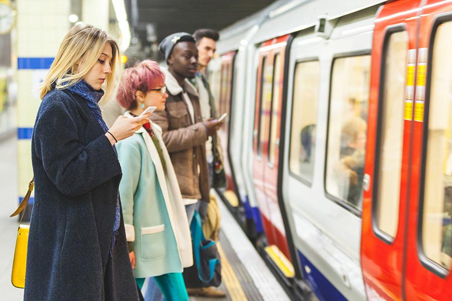Pendeltijd verloren tijd? Niet met deze tips! - Daily Cappuccino - Lifestyle Blog
