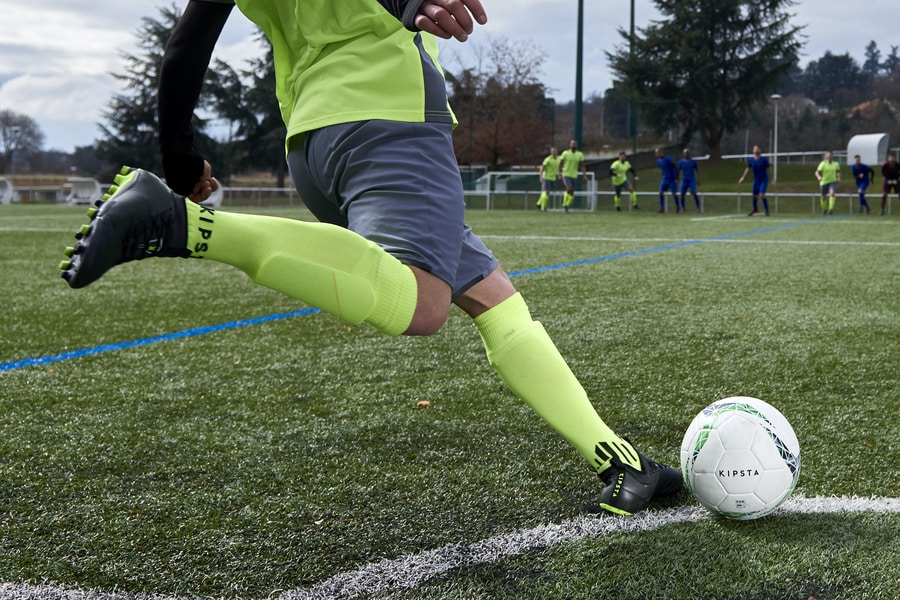 De juiste voetbalschoenen, tips & tricks - Daily Cappuccino - Lifestyle Blog