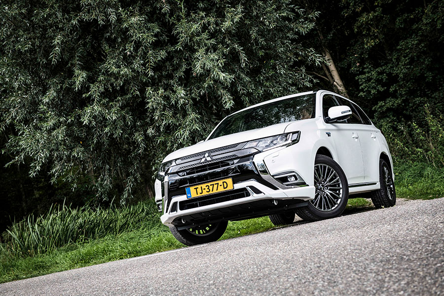 Getest: de stoere, hybride Mitsubishi Outlander PHEV MY19 - Daily Cappuccino - Lifestyle Blog