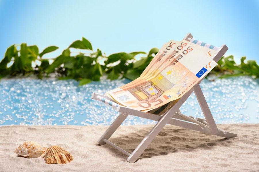 4 tips om meer geld over te houden voor je vakantie - Daily Cappuccino - Lifestyle Blog