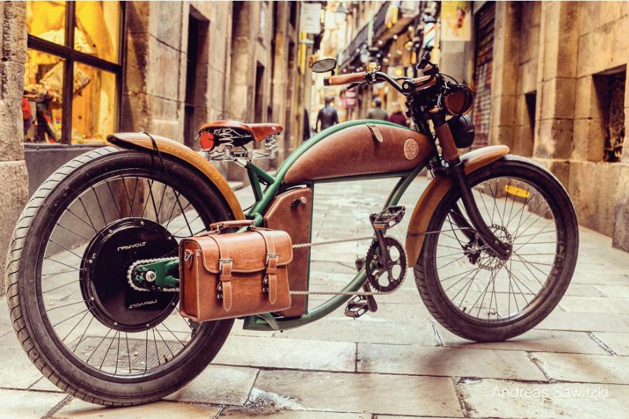 E-bike met de looks van een klassieke motorfiets