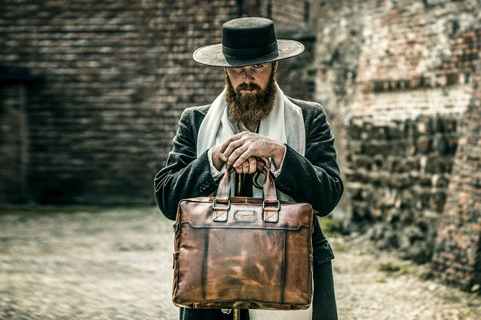 Dress to impress: Kleed je in de stijl van Peaky Blinders