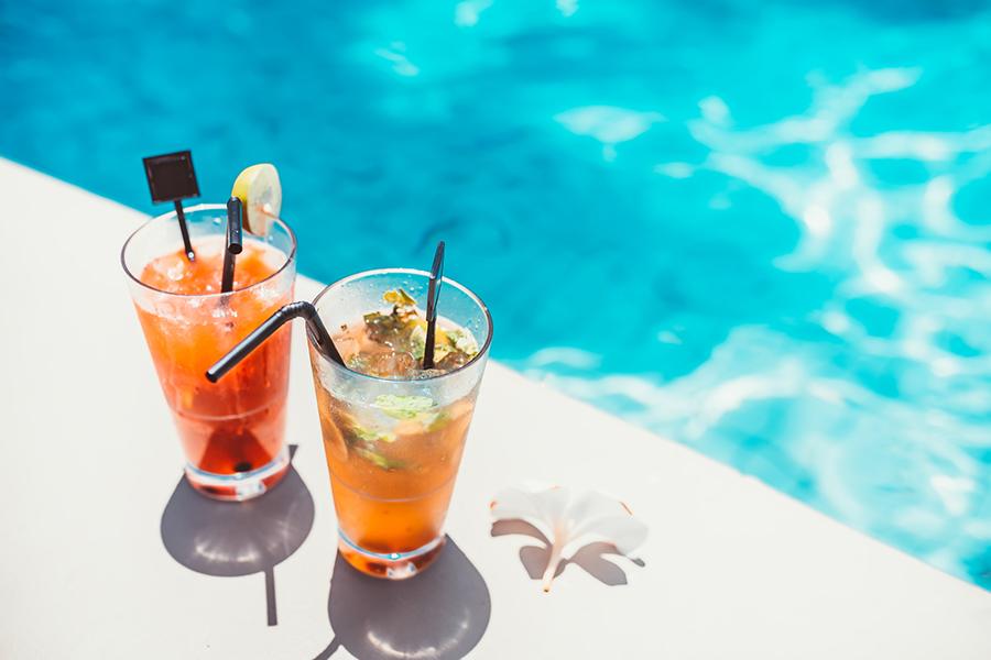Selfmade cocktails voor zomerse mannenavonden