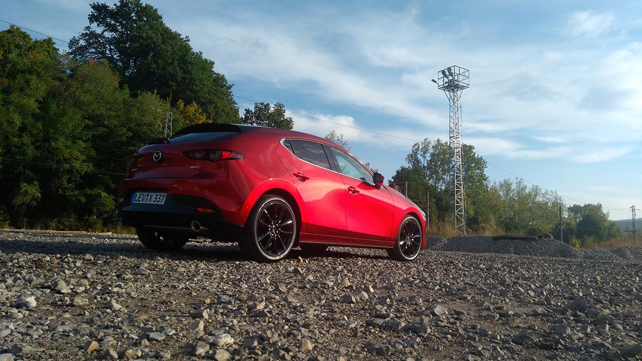 Op roadtrip door Sofia en omgeving met de nieuwe Skyactiv-X motor van Mazda