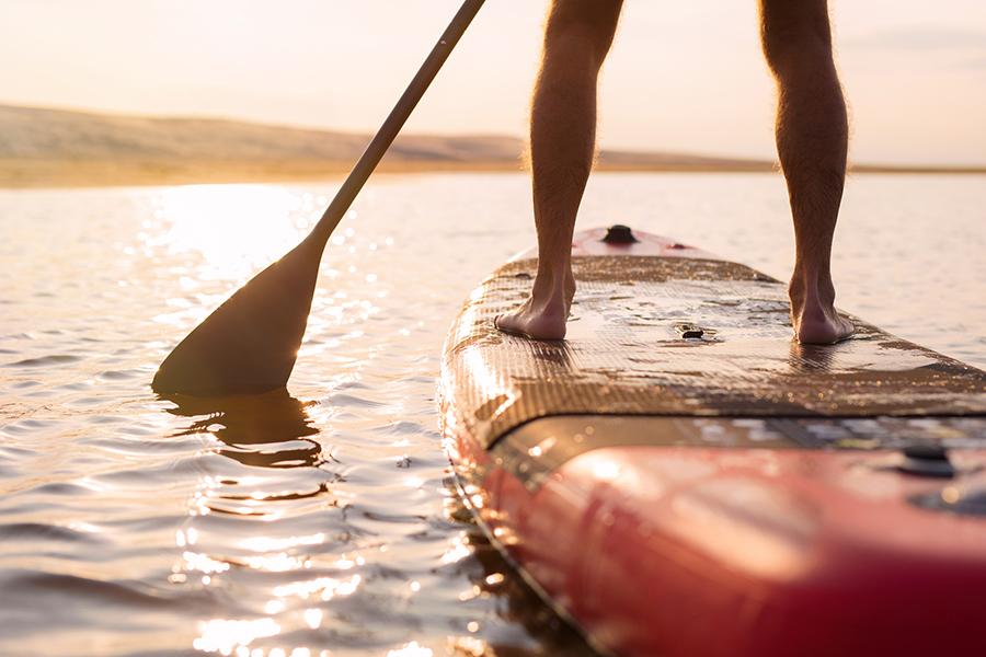Stand-up Paddleboarding: met deze sport train je je hele lichaam