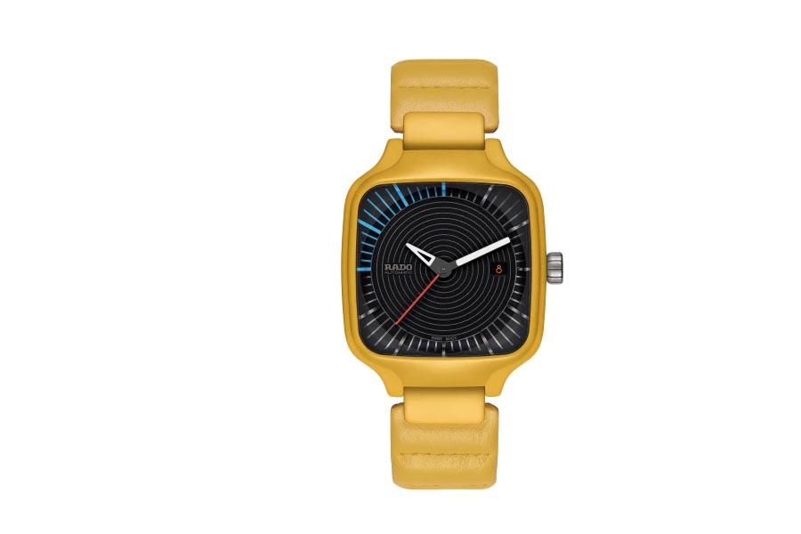 Rado True Square x Tej Chauhan: een retro-futuristisch horloge van hightech keramiek