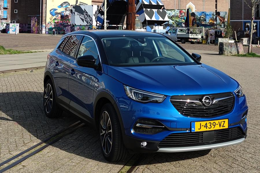 Review: De Opel Grandland plug-in hybrid is een atletische en efficiënte stekkerauto