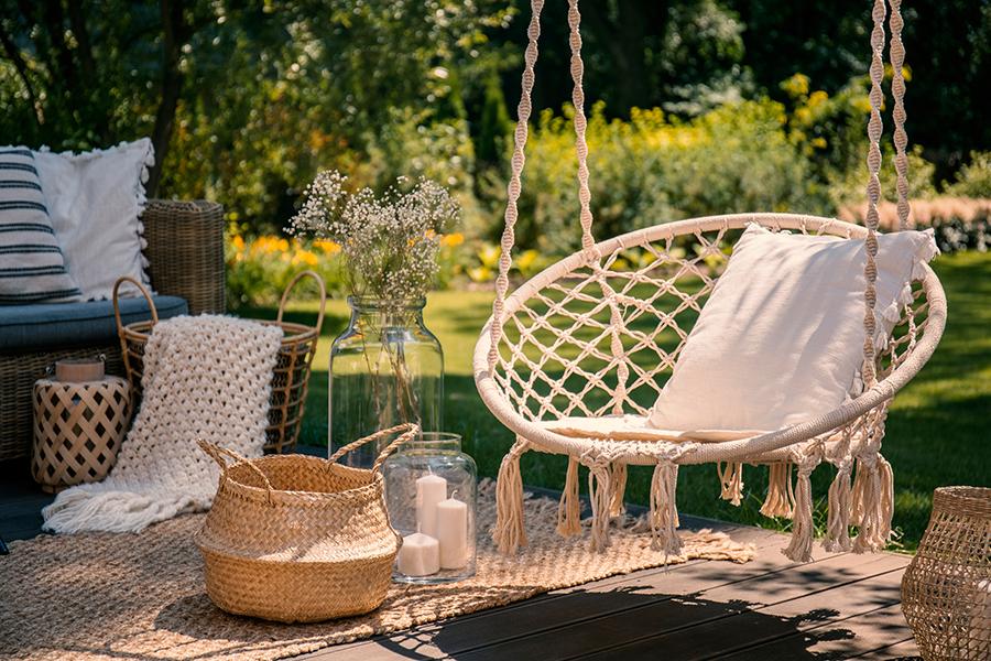Tips hoe je je huis en tuin omtovert in een zomers kleurenpalet