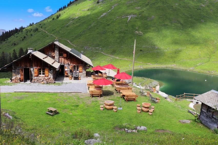 4 x bijzonder overnachten in de natuur van de Franse Alpen (wegdromen mag, toch?)