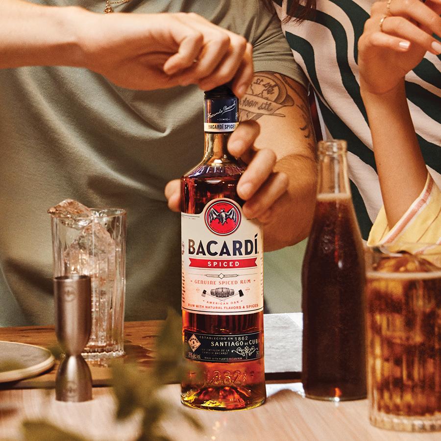 Cocktailliefhebbers opgelet: deze maand staat in het teken van rum!