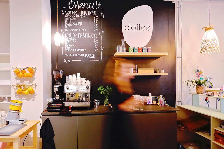Cloffee: preloved kinderspullen shoppen mét goede koffie