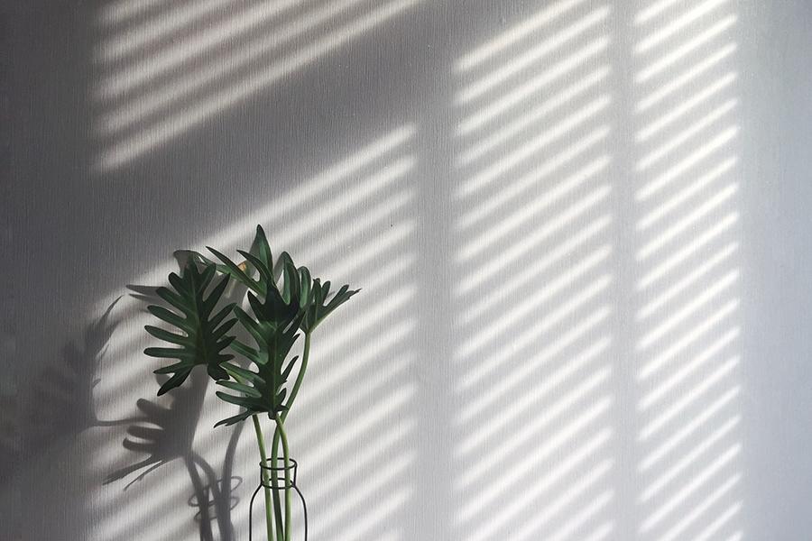 6 x zo creëer je sfeer in huis met behulp van raamdecoratie